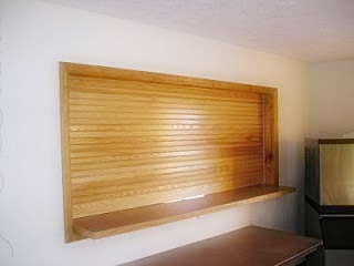 Wooden Rool-Up Wall